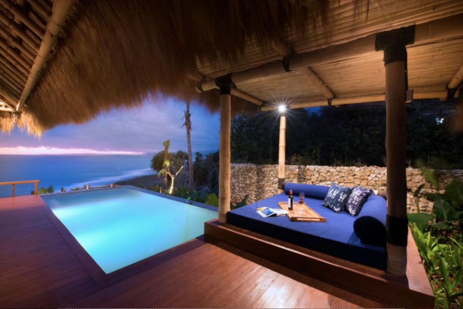 Pool Lelewatu Resort Sumba
